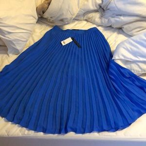 Blue flowey skirt